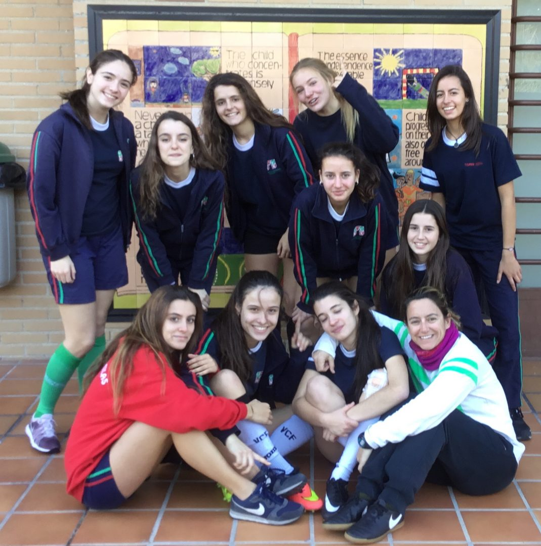 seniors_cadete_juvenil_football_girls
