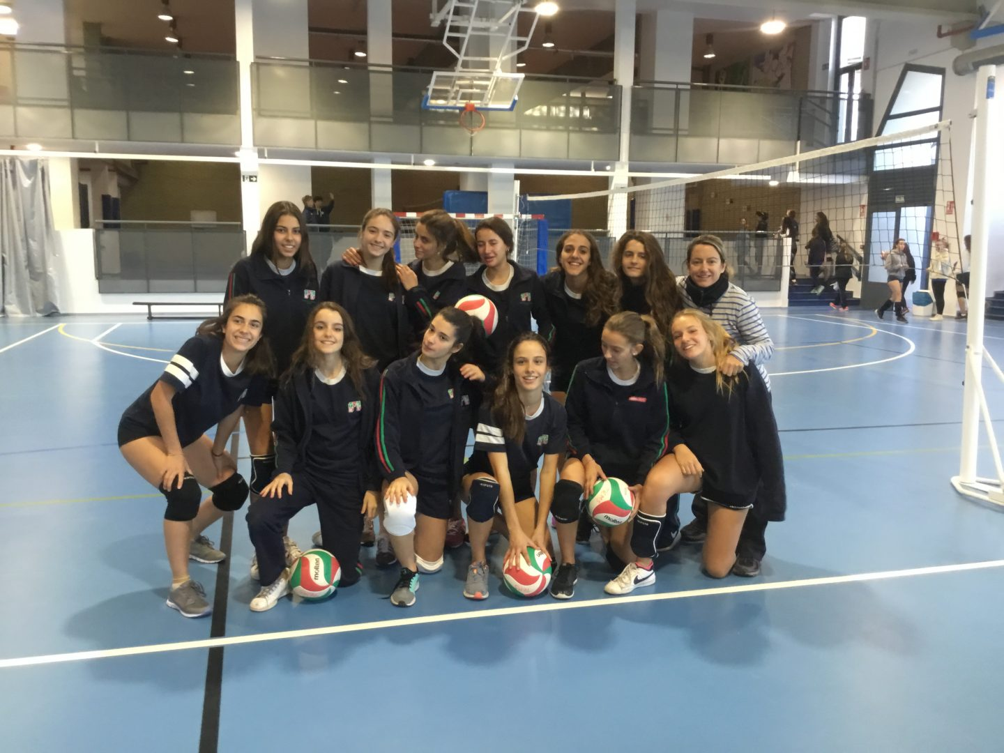 seniors_cadete_juvenil_volley_girls2